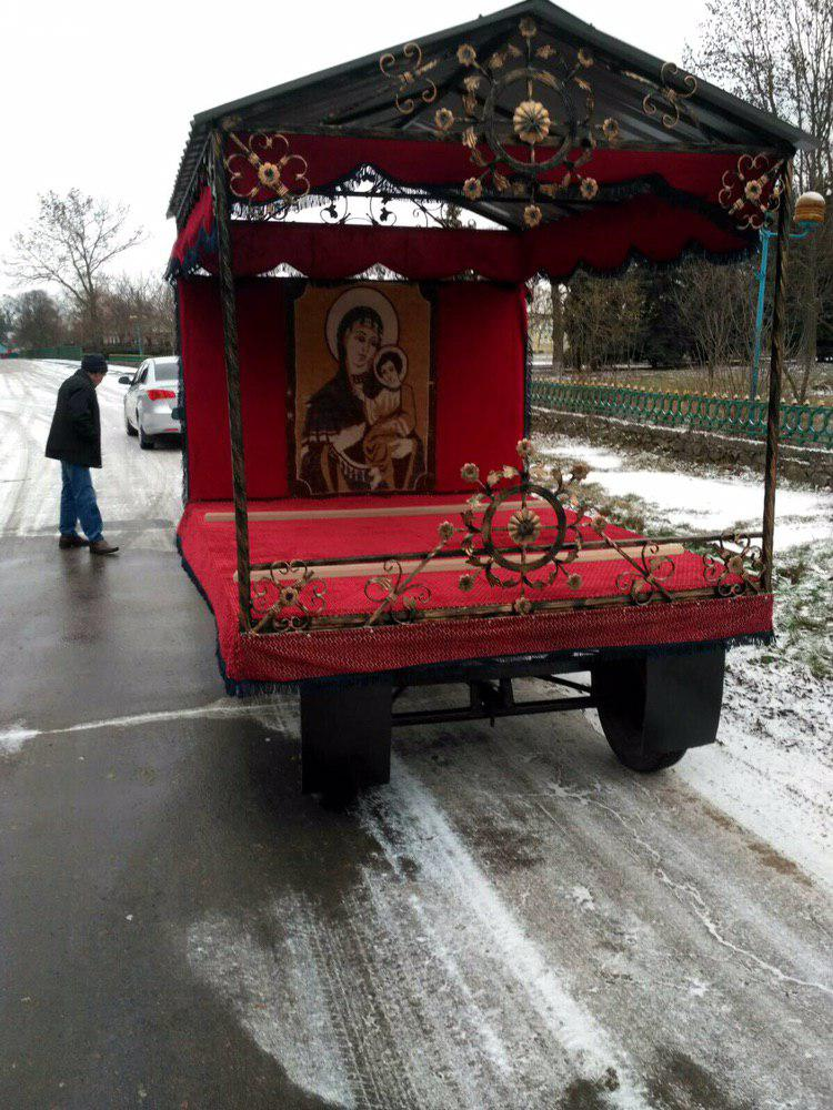 Громада с.Тютюнники виготовила за власні кошти катафалк для поховання жителів села