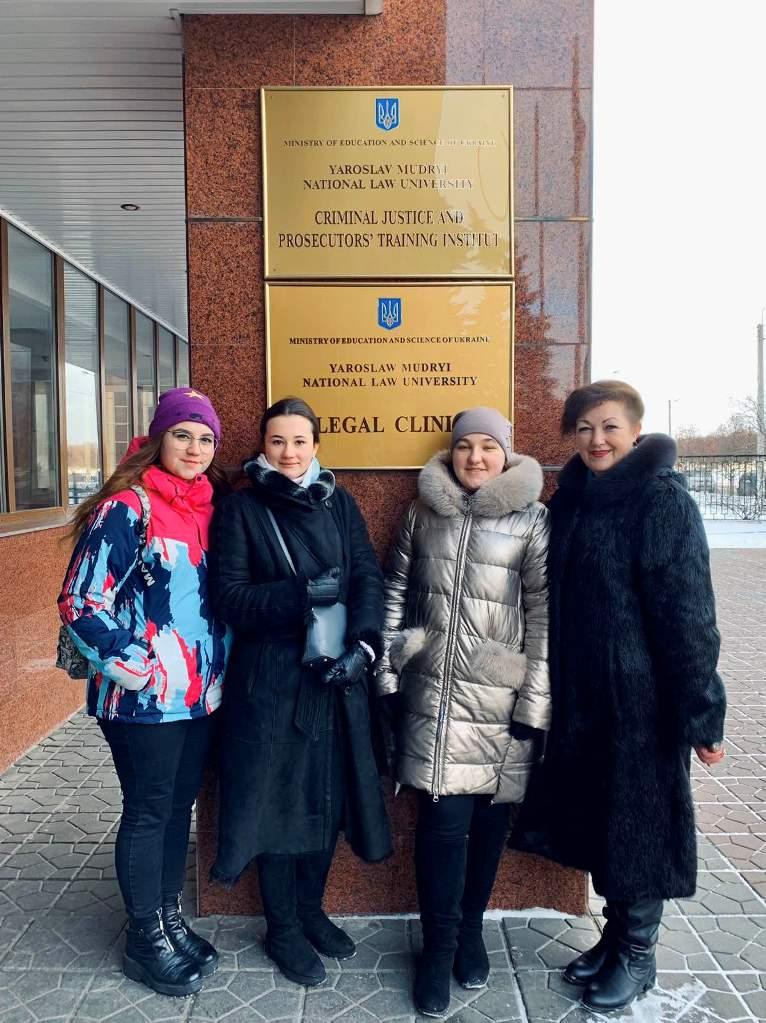 Учениці Чуднівського ліцею взяли участь у фіналі німецько-українського проекту «Молодь дебатує», 2020