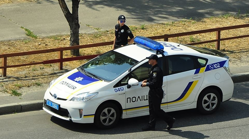 Поліцейські розслідують нанесення травм двом жителям Чуднівщини