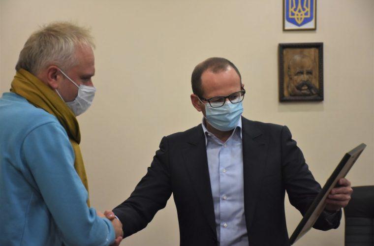 З нагоди професійного свята очільницю відділу культури Чуднівської міськради нагородили почесною грамотою