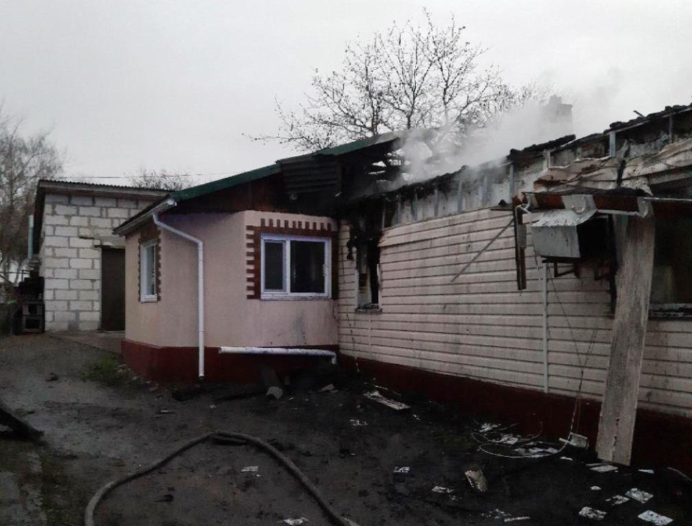 У Чуднові ледь не згорів будинок через пожежу в квітковому магазині