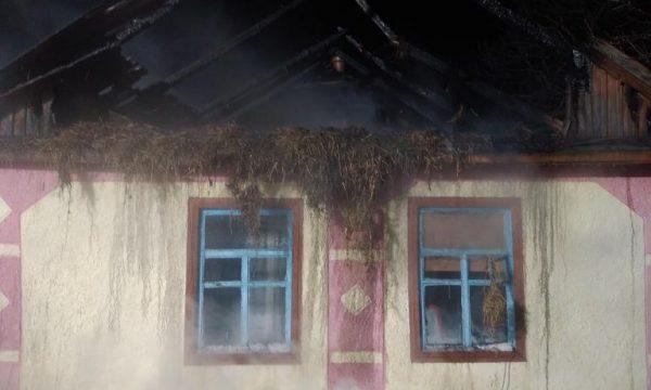 У Чуднівському районі через порушення правил пожежної безпеки загорівся будинок