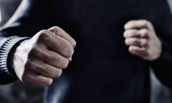 Троє парубків «у виховних цілях» побили чоловіка з Турчинівки, той не вижив