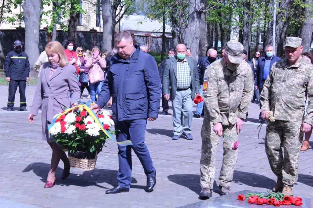 З нагоди Дня пам'яті та примирення, 76-ї річниці Перемоги над нацизмом у Другій світовій війні у Чуднові відбувся мітинг